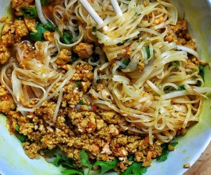 Chicken, noodles, and peanut image