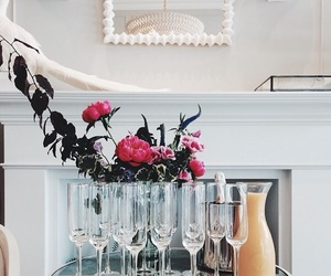 beautiful, champagne, and chic image
