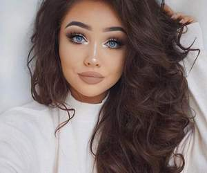 makeup and hairstyle image