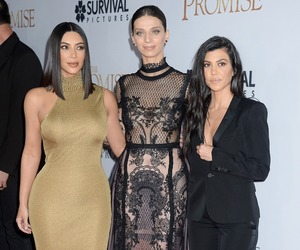 beauty, kim kardashian, and kourt kardashian image