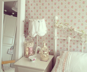 room and floral candle image