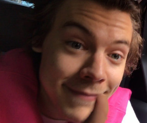 candids, Harry Styles, and fan image