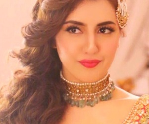 hair style, makeup, and pakistani bride image
