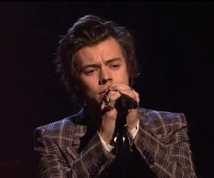 Harry Styles, snl, and one direction image