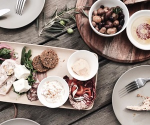 food and vegetarian image
