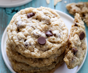 chocolate, oats, and Cookies image