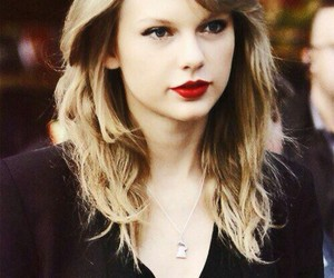 Taylor Swift, swiftie, and red image