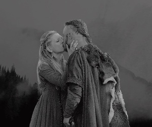 black and white, vikings, and travis fimmel image