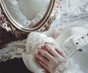 dark, hands, and fashion image