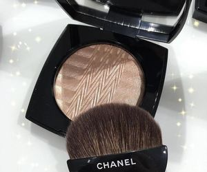 eye shadow, naked, and kylie image
