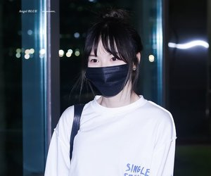 airport, wendy, and red velvet image