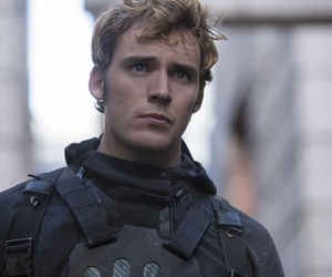 mockingjay, the hunger games, and finnick image