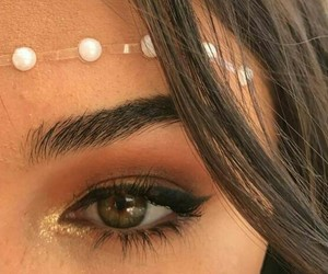 coachella, details, and madison beer image