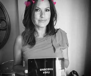 svu and mariskahargitay image