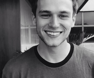 13 reasons why, brandon flynn, and smile image