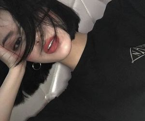 girl, ulzzang, and black image