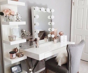 girly, coiffeuse, and makeup image