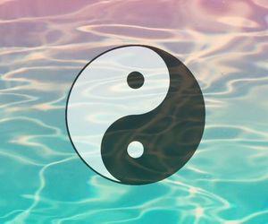 wallpaper, yin yang, and water image