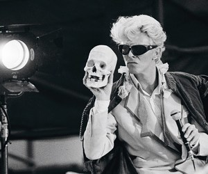rock, david bowie, and pale image
