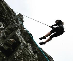 girl and high jump image