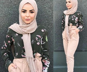 hijab, beauty, and fashion image