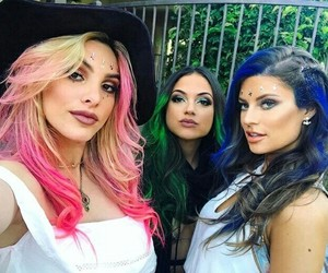 colors, hanah, and lele pons image