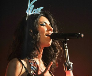 concert and marina and the diamonds image