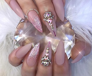 crystal, glitter, and nail art image