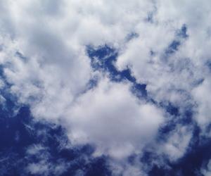blue, nuvens, and sky image