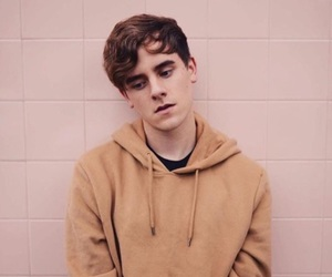 connor franta, youtube, and pink image