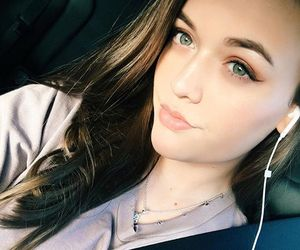 girls and felicite tomlinson image