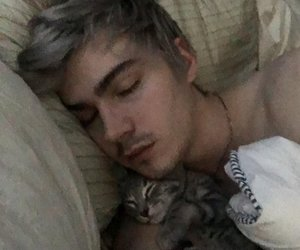 alex, 13 reasons why, and miles heizer image
