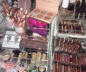 highlighter, vanity table, and charlotte tilbury image