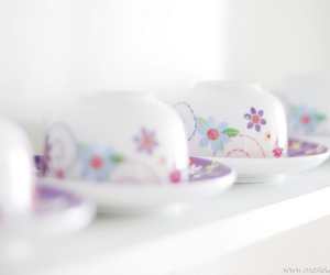 cup and pastel image
