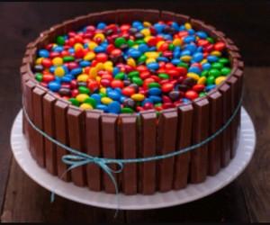 kit kat cake image