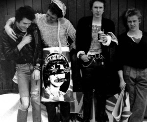 john lydon, sex pistols, and sid vicious image