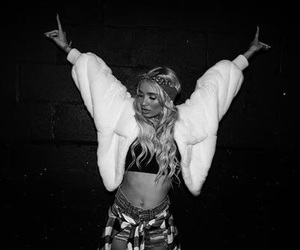 pia mia, fashion, and outfit image