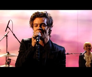 live performance, singing, and Harry Styles image