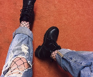 black, boots, and boyfriend image