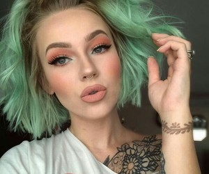 color hair, girls, and cabelo verde image
