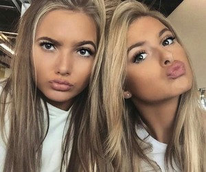 beutiful, girls, and chicas image