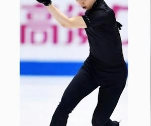 on ice, patinaje, and japón image