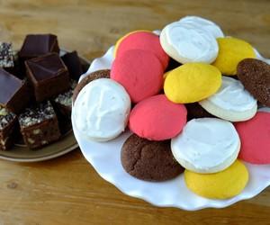 chocolate brownies, goodie tray, and walnut brownies image