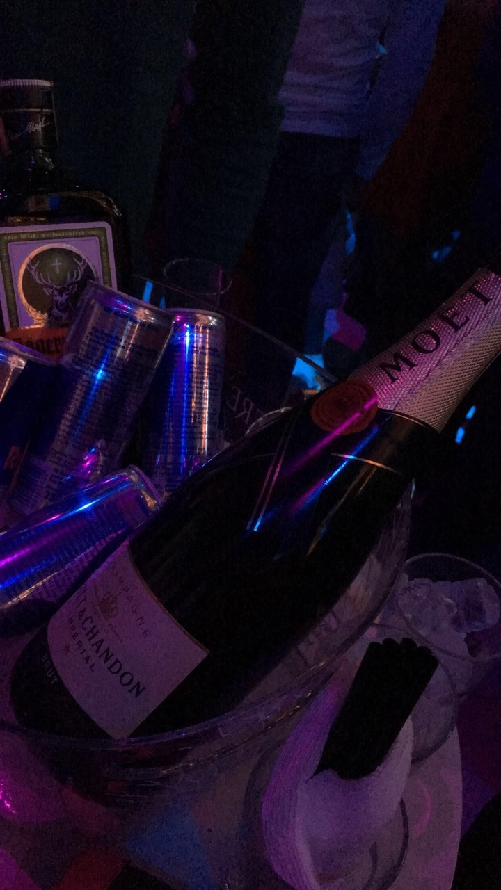 alcohol, drinks, and moet image