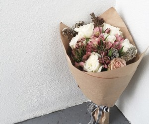flowers, bouquet, and style image