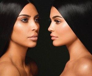 kylie jenner, kim kardashian, and jenner image