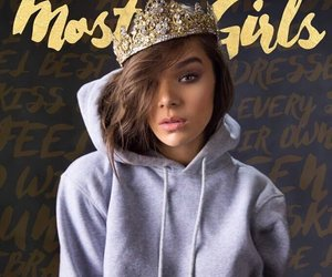 hailee steinfeld and most girls image