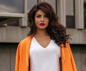 priyanka chopra, beauty, and bollywood image