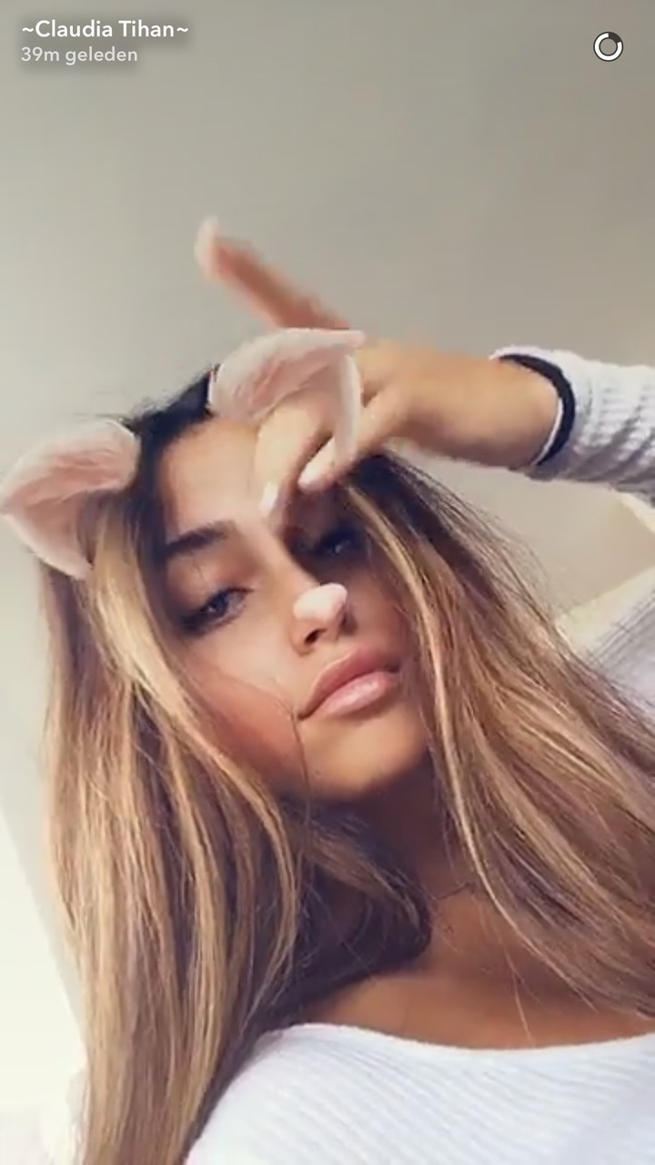 Leaked Claudia Tihan nude (35 foto and video), Pussy, Leaked, Selfie, braless 2018