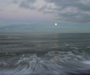blue, ocean, and moon image